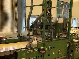 Siegelmaschine / sealing machine